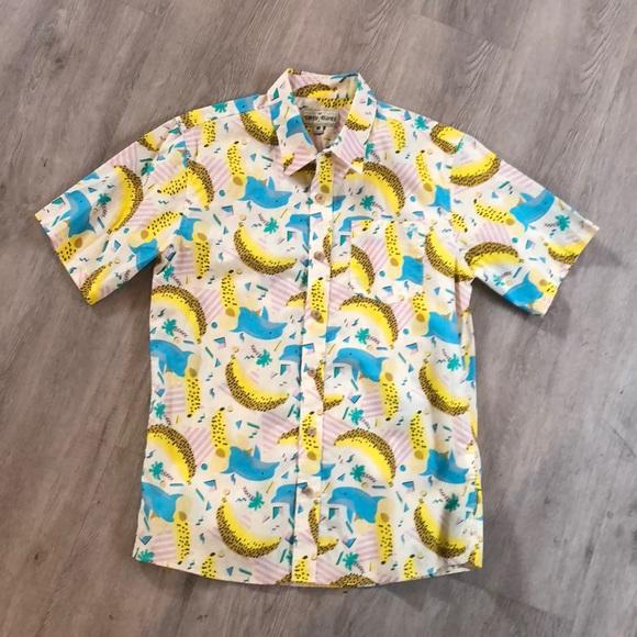 792254ea Fun Hawaiian Shirt with Dolphins and Bananas. M_5a8b72ae9d20f091135e10b3
